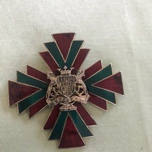 Bretagne Accsessocraft enamel pin pendant vintage